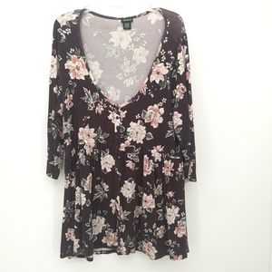 Torrid long sleeve peplum floral top size 0X